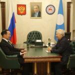 Глава Якутии встретился с первым президентом республики Михаилом Николаевым
